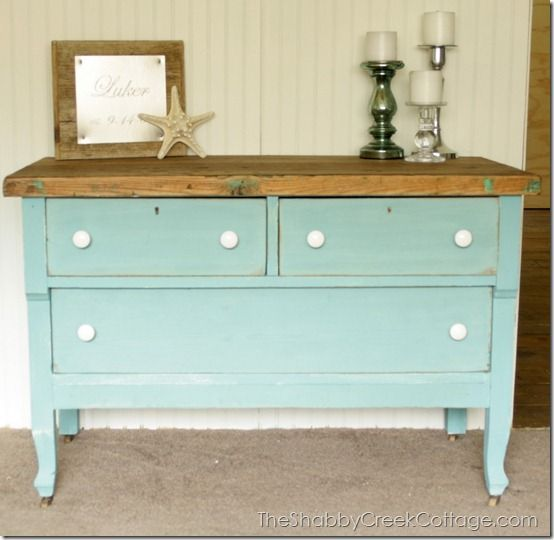 ditressed dresser Distressed is the new black!